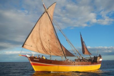 Dhow and pirogue cruise in Nosy Be